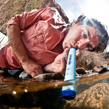 Lifestraw Water Filter for hiking and backpacking